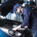 外国人が自動車整備士として就労ビザ(在留資格)を取得するには?